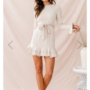 Dresses & Skirts - Aspley Flare Cuff Waist Tie Dress Beige